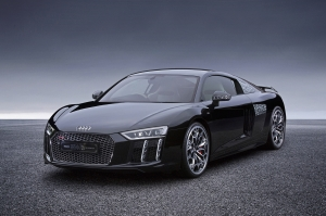 audi-r8-v10-plus-final-fantasy-xv